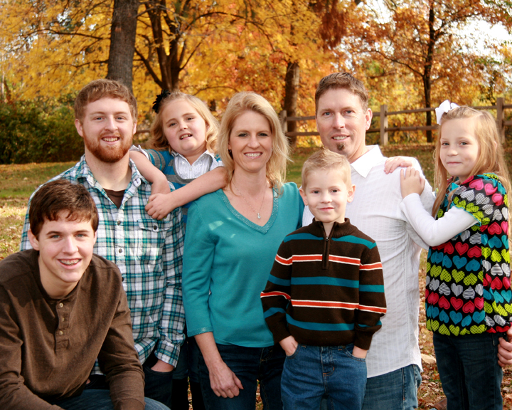 Fall Family Portrait Poses http://rimagesphoto.com/fall-family-portrait/
